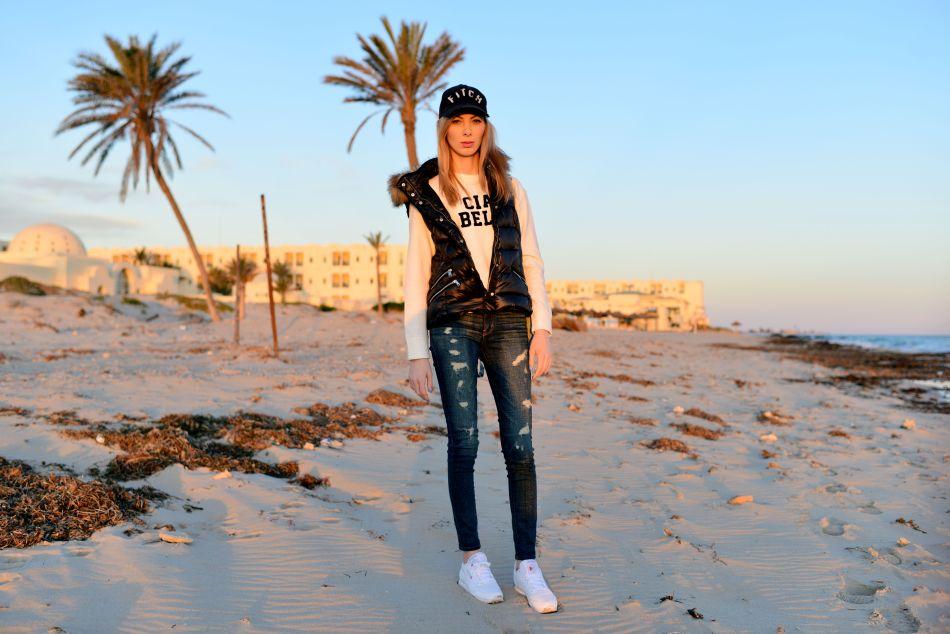 charlize mystery tunezja